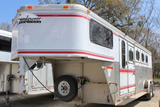 1997 Sundowner Sunlight  4 Horse Slant Load Gooseneck Horse Trailer SOLD!!!