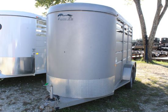 2009 Trails West Equine Pro  2 Horse Slant Load Bumperpull Horse Trailer