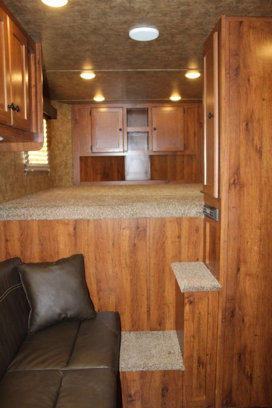 2019 Lakota AC49 COLT  4 Horse Slant Load Gooseneck Horse Trailer With Living Quarters