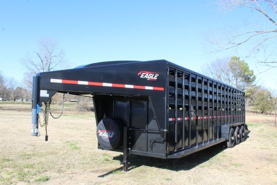 2021 Maxxim 28' Eagle with Punch Sides Gooseneck