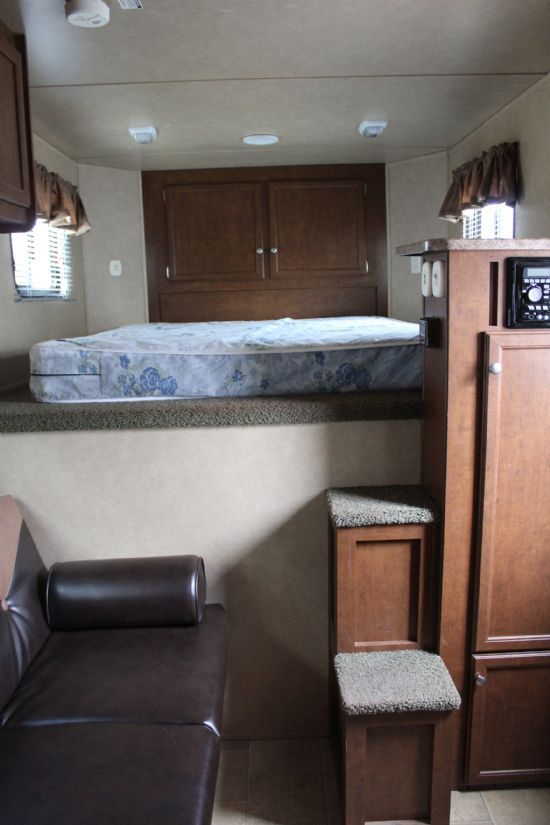 2013 Bison Stratus  3 Horse Slant Load Gooseneck Horse Trailer With Living Quarters SOLD!!!