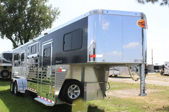 2018 Sundowner Charter TR SE 2 + 1 LIMITED EDITION  2 Horse Straight Load Gooseneck Horse Trailer SOLD!!!