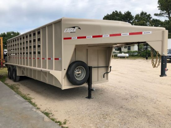 2020 Maxxim 24' (20 + 4) Eagle with Punch Sides and Tack Room Gooseneck
