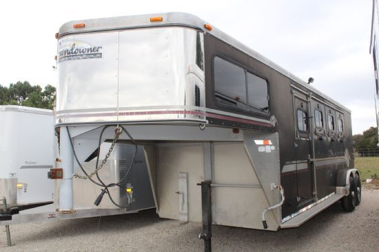 1999 Sundowner Valuelite  3 Horse Slant Load Gooseneck Horse Trailer SOLD!!!