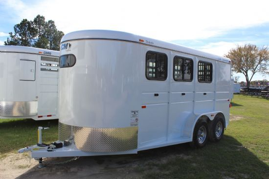 2017 CM Dakota  3 Horse Slant Load Bumperpull Horse Trailer