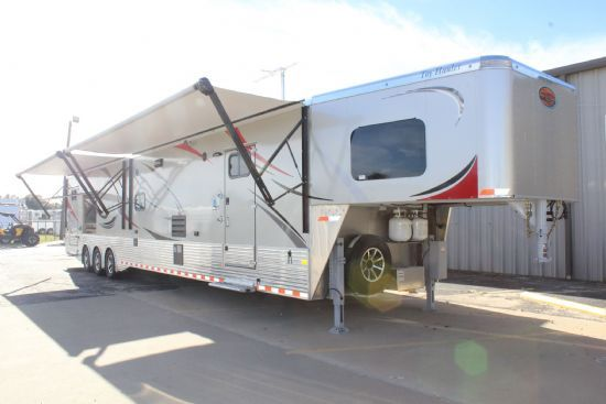 2018 Sundowner 4886 OM Toy Hauler Custom Gooseneck Motorsports & Toy Hauler With Living Quarters