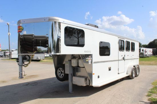 2020 Sundowner 6907 Santa Fe (outside closet)  3 Horse Slant Load Gooseneck Horse Trailer With Living Quarters