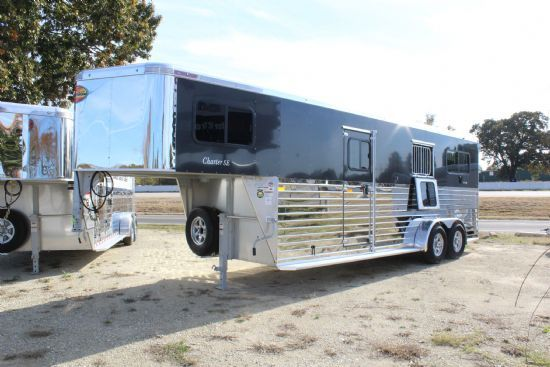 2020 Sundowner Charter TR SE 2 + 1 LIMITED EDITION  2 Horse Straight Load Gooseneck Horse Trailer