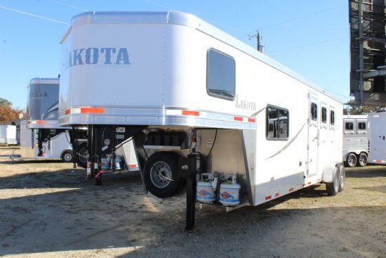 2020 Lakota AC39 Colt  3 Horse Slant Load Gooseneck Horse Trailer With Living Quarters