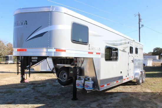 2020 Lakota C29 Charger  2 Horse Slant Load Gooseneck Horse Trailer With Living Quarters