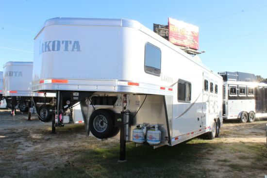 2020 Lakota AC839 Colt  3 Horse Slant Load Gooseneck Horse Trailer With Living Quarters
