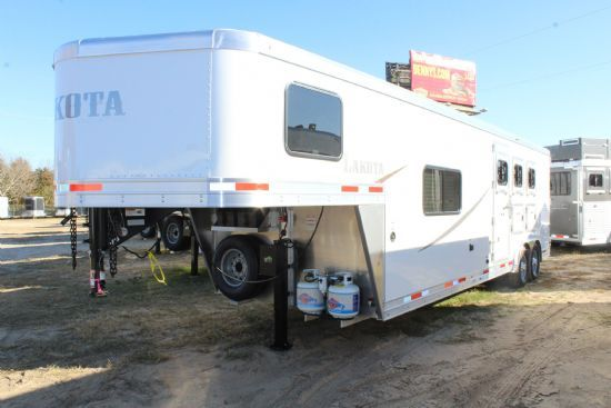 2020 Lakota AC8311 Colt  3 Horse Slant Load Gooseneck Horse Trailer With Living Quarters