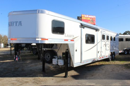 2020 Lakota AC8411 Colt w/ Slide Out  4 Horse Slant Load Gooseneck Horse Trailer With Living Quarters
