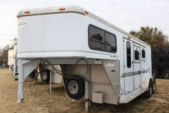 2000 Sundowner Valuelite  2 Horse Slant Load Gooseneck Horse Trailer SOLD!!!