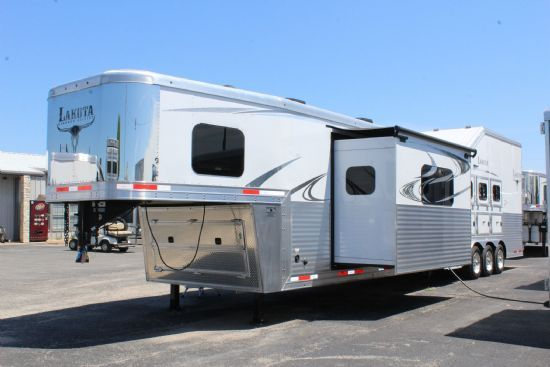 2019 Lakota BIG HORN B8417 SR w/ 9' Slide- NEW SPECS  4 Horse Slant Load Gooseneck Horse Trailer With Living Quarters SOLD!!!