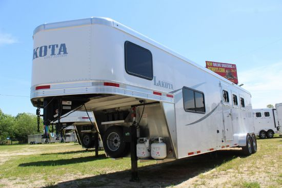 2020 Lakota AC39 Colt  3 Horse Slant Load Gooseneck Horse Trailer With Living Quarters SOLD!!!