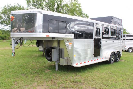 2018 Sundowner Circuit Series  3 Horse Slant Load Gooseneck Horse Trailer SOLD!!!