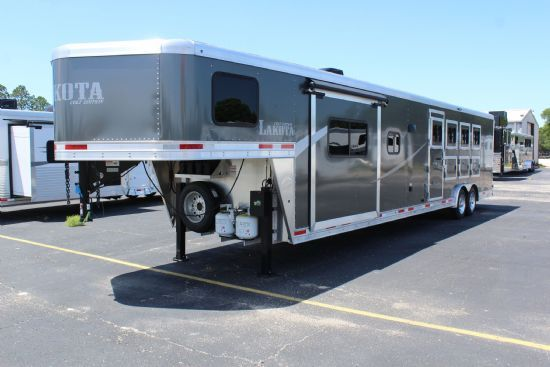 2020 Lakota AC8415 Colt w/ Slide Out  4 Horse Slant Load Gooseneck Horse Trailer With Living Quarters