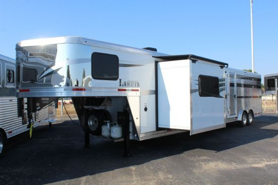 2021 Lakota Charger LE81611 (16' STock / 11' LQ w/ Slideout) Gooseneck  With Living Quarters
