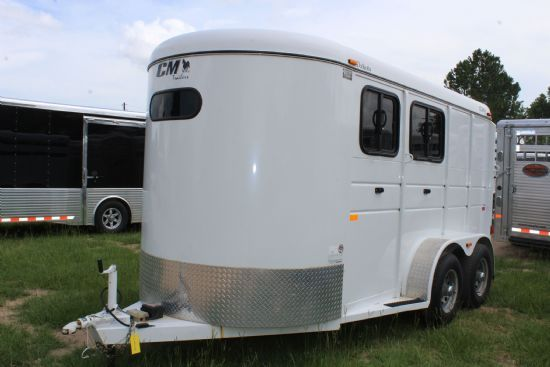 2014 CM Dakota  2 Horse Slant Load Bumperpull Horse Trailer