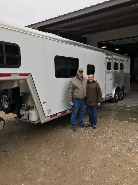 2004 Hart 8312  3 Horse Slant Load Gooseneck Horse Trailer With Living Quarters SOLD!!!