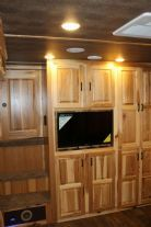 2019 Lakota BIG HORN B8316 CL Corner Lounge  3 Horse Slant Load Gooseneck Horse Trailer With Living Quarters