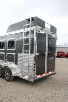 2018 Lakota C311 Charger w/ Slide Out  3 Horse Slant Load Gooseneck Horse Trailer With Living Quarters