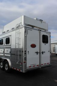 2017 Sundowner Circuit Series 8014 Custom  3 Horse Slant Load Gooseneck Horse Trailer With Living Quarters SOLD!!!